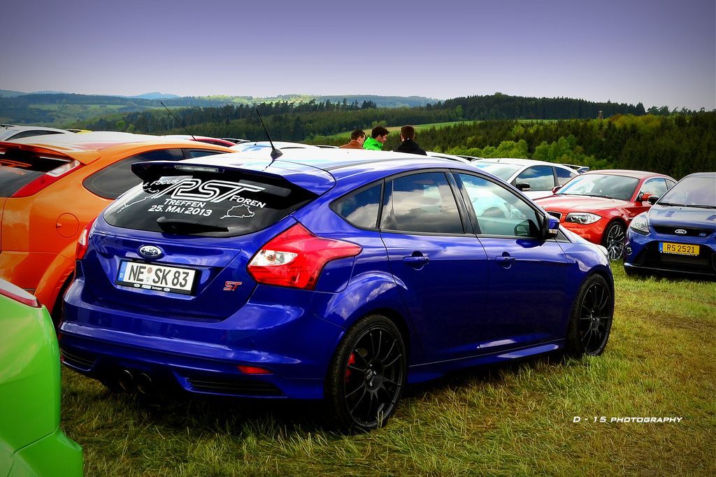 Blue Ford Focus St Hatchback With Black Rims Ford Focus St Ford