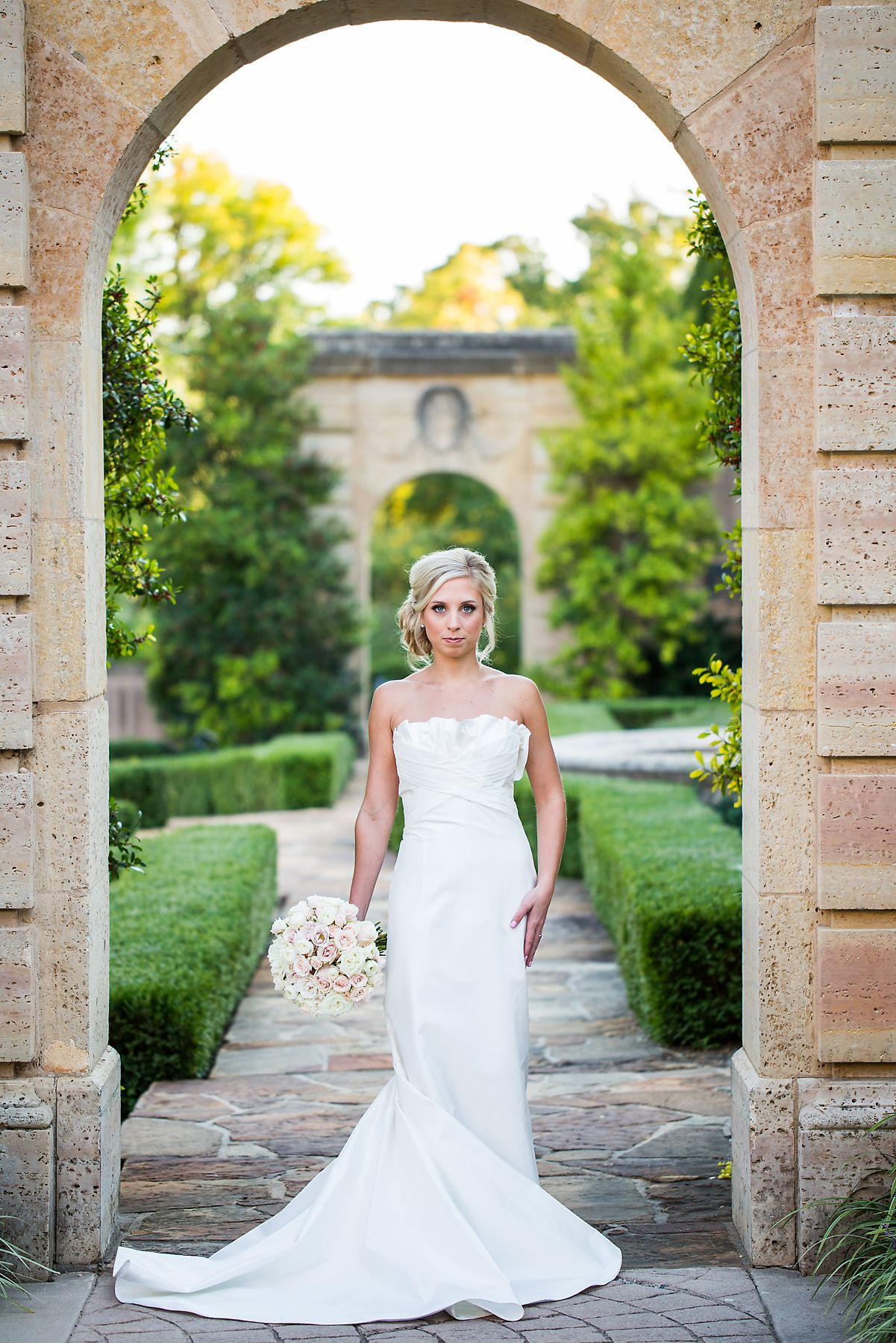 Philbrook Museum Bridal Portraits Oklahoma wedding