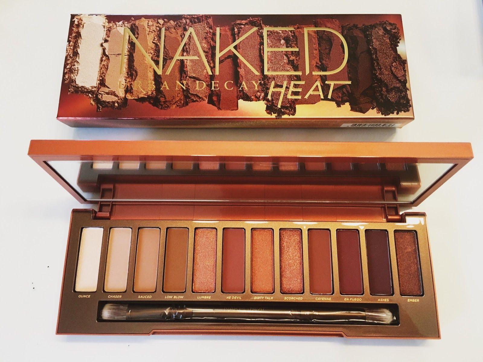 #MCFridayTreat: Weve got 10 Urban Decay Naked HEAT Palettes to giveaway | Marie Claire
