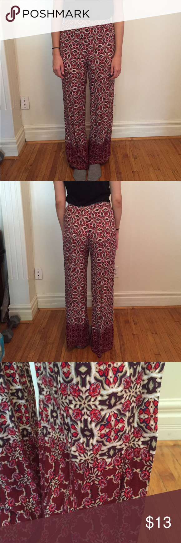 Patterned wide leg pants Elastic waist. Lightweight material. Forever 21 Pants Wide Leg