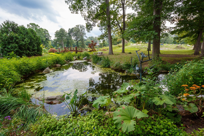 8b46fc32be3eedc2cf9fba1f8e49ed94 - Wellfield Botanic Gardens In Elkhart Indiana