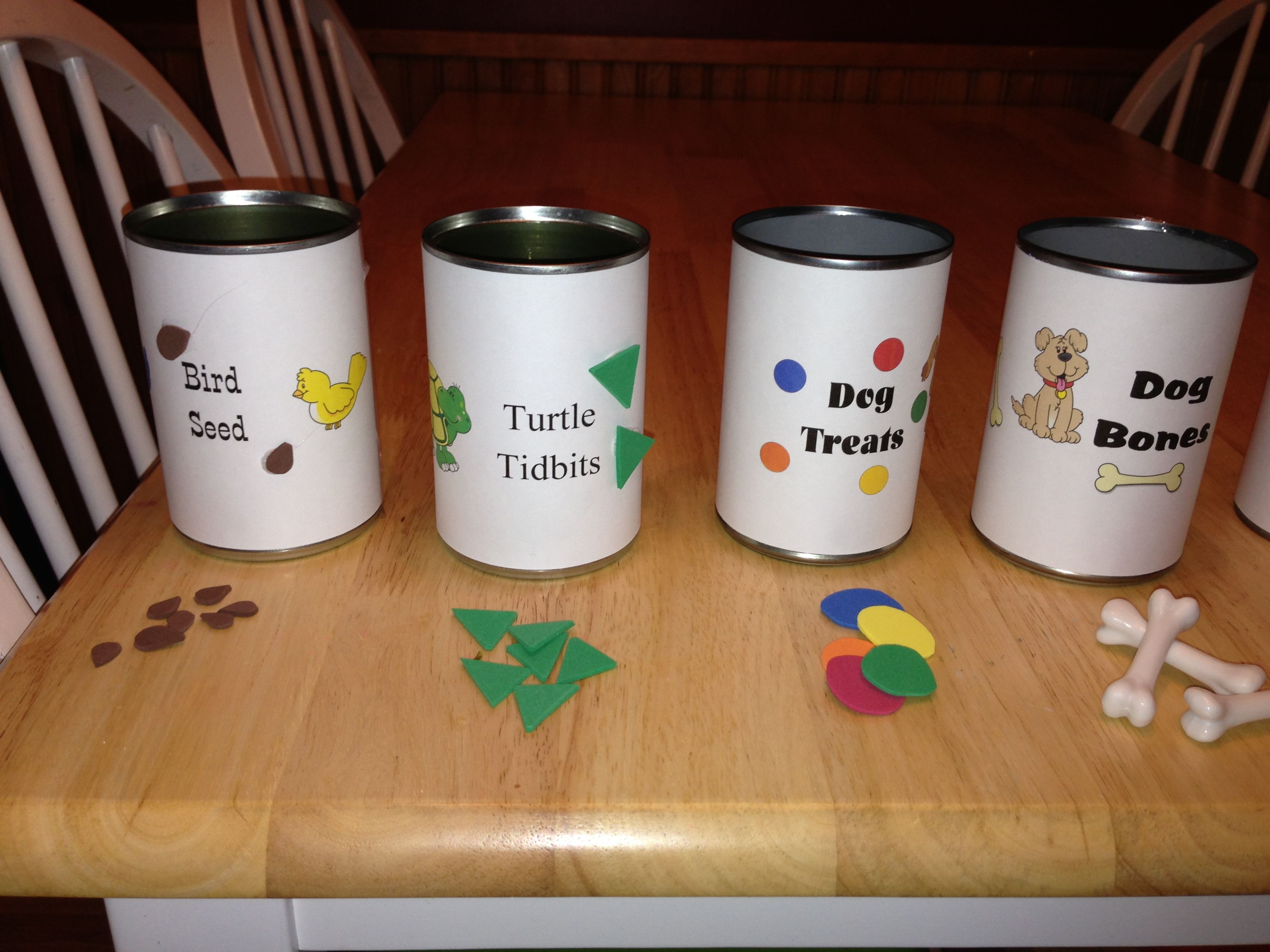 Preschool Pet Theme Shorting Different Shapes Pet Foods