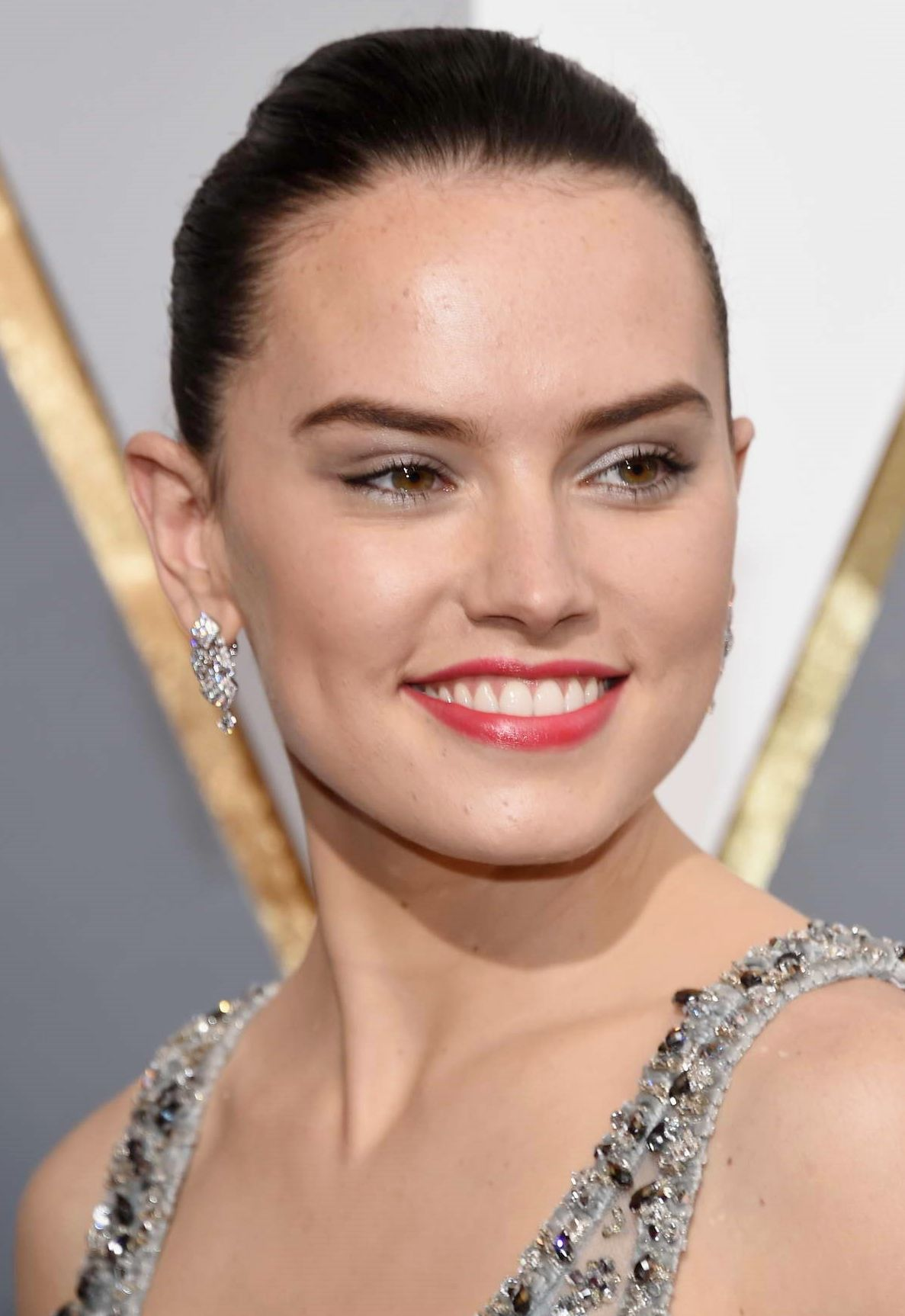 Daisy Ridley In Chanel At The Oscars 2016 Daisy Ridley Beauty Daisy