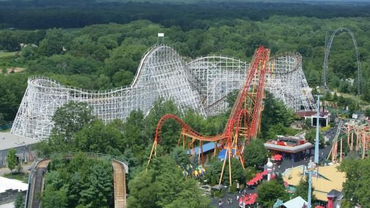 Cyclone Six Flags New England With Images Theme Parks Rides