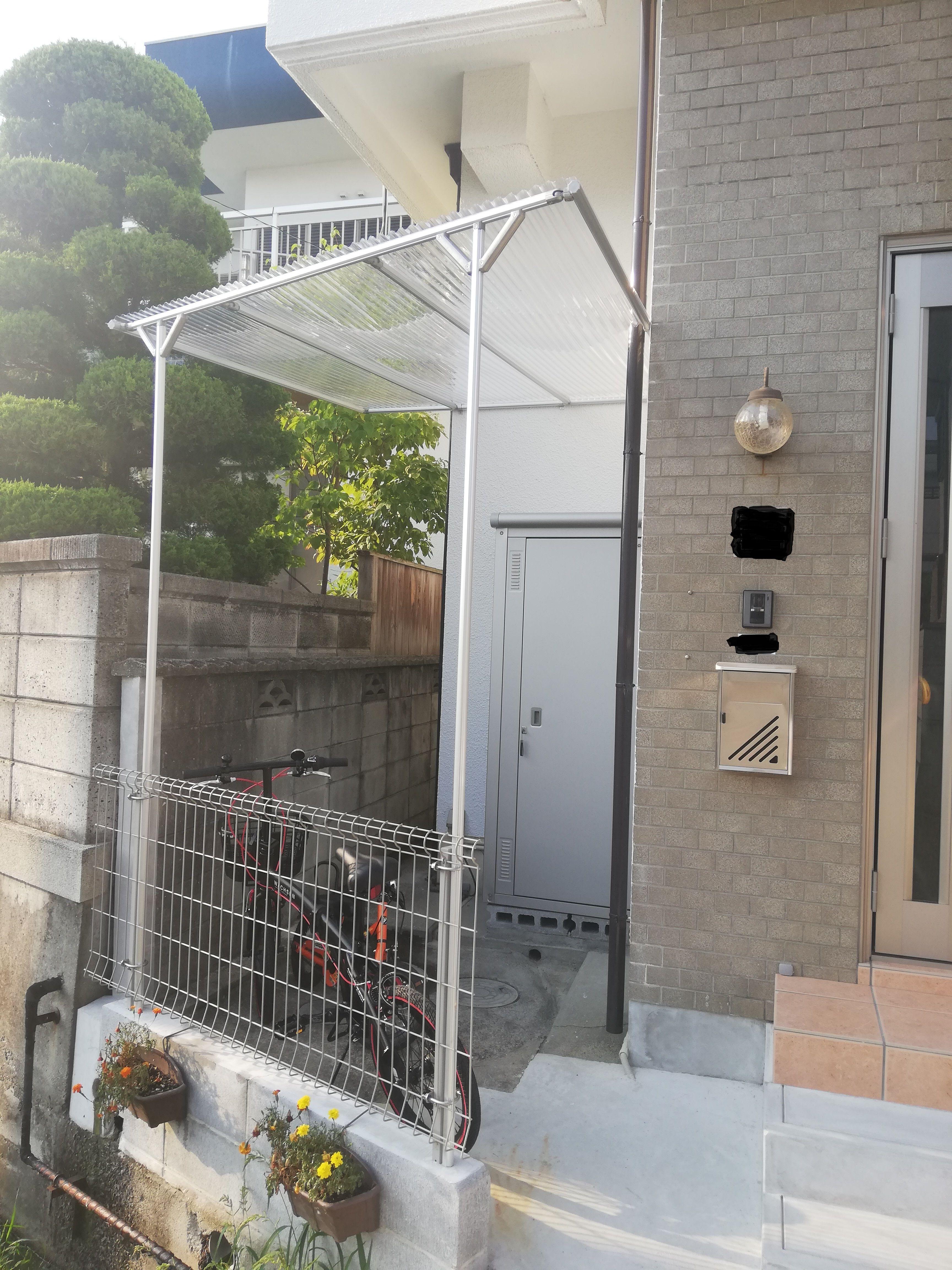 共同diy 隙間スペースを屋根付き自転車小屋に有効活用 屋根 Diy
