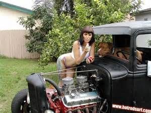 naked Hot rod girls