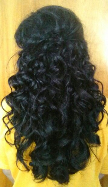 Beautiful easy to do curly hair