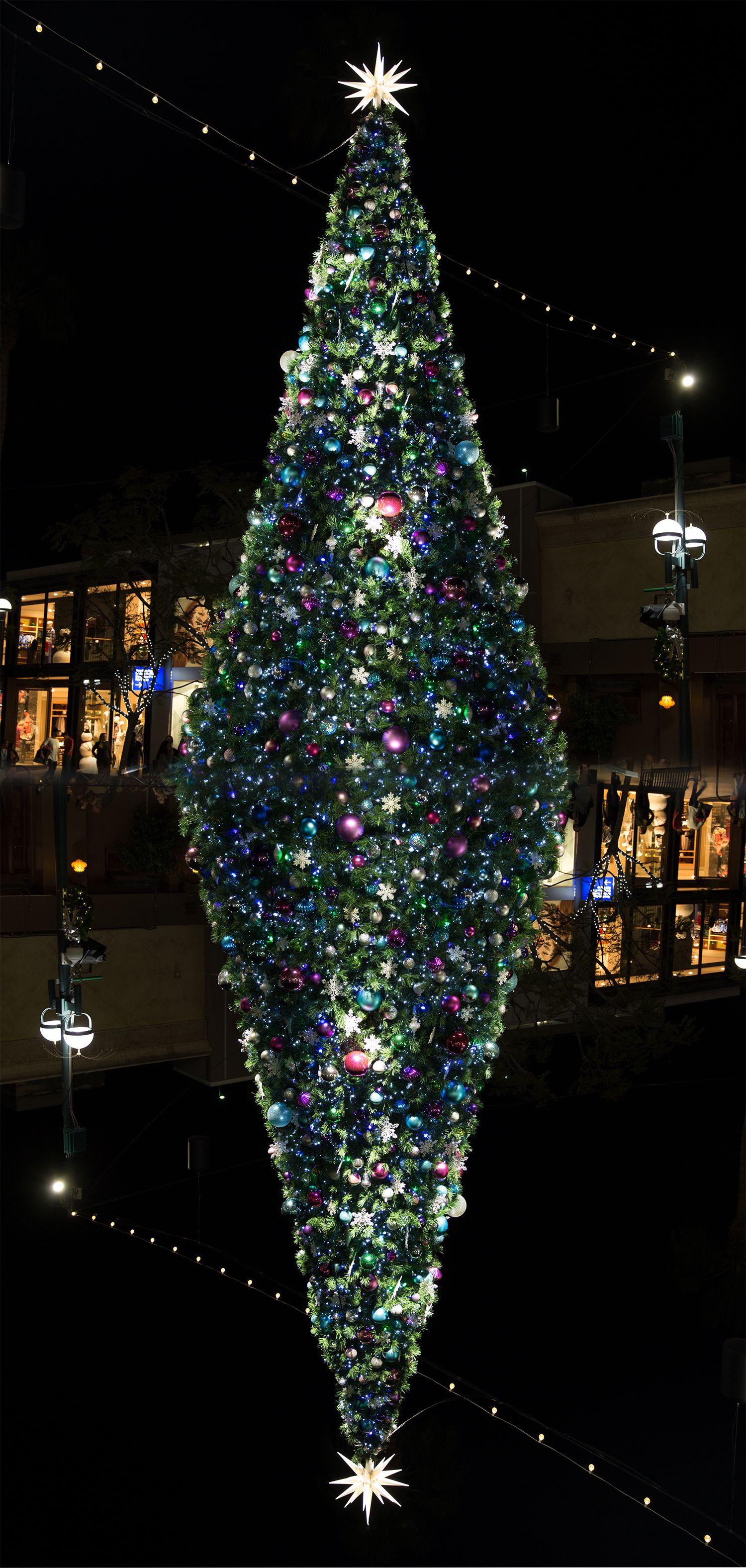 Xmas tree, Santa Monica, Los Angeles #LA #Cali