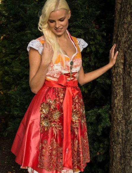 Dirndl Couture 2015/2016 - Dirndl Couture by Astrid Söll