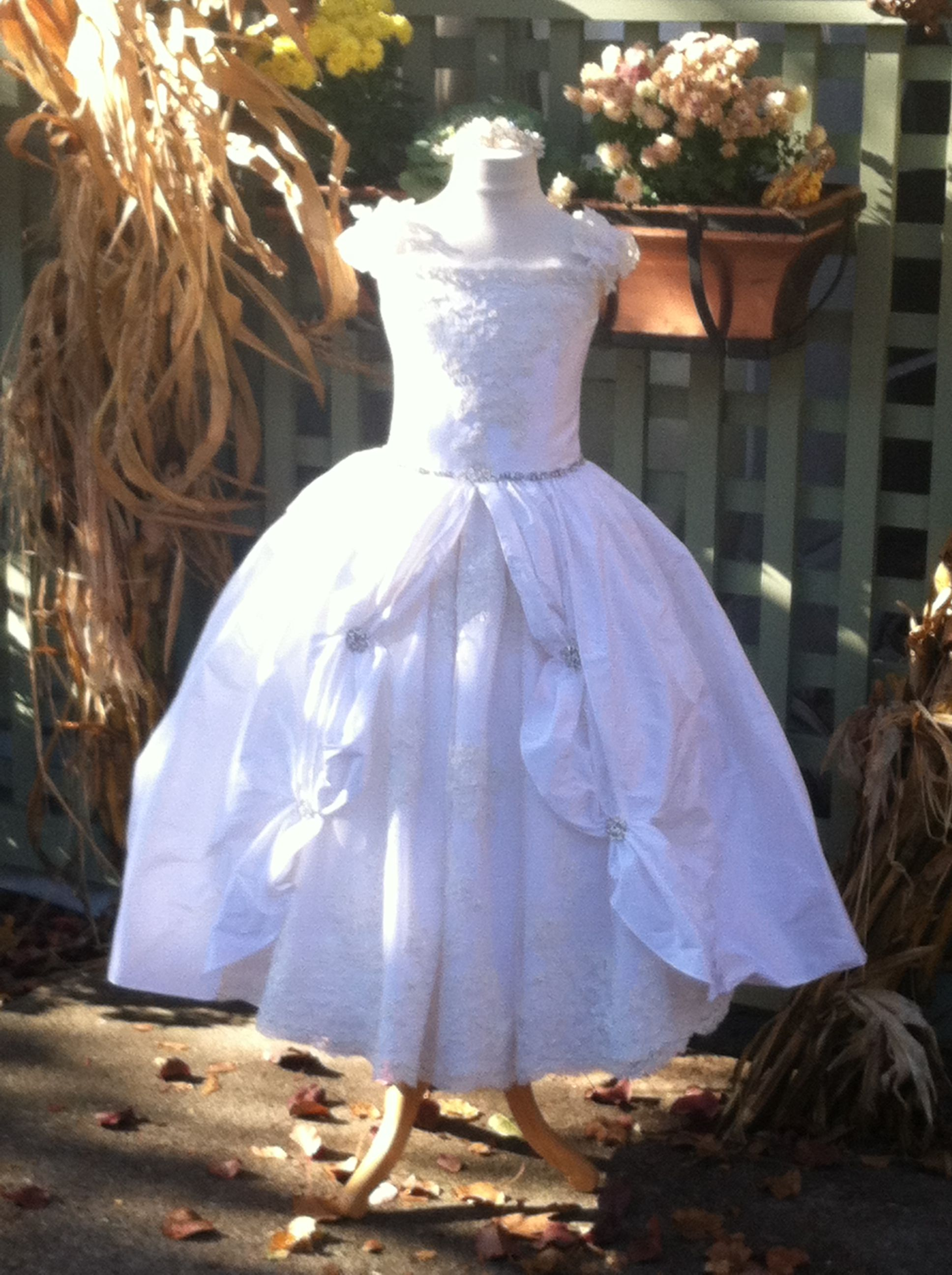 Antonia Gorga's designer dress! A real princess gown ... - photo#13
