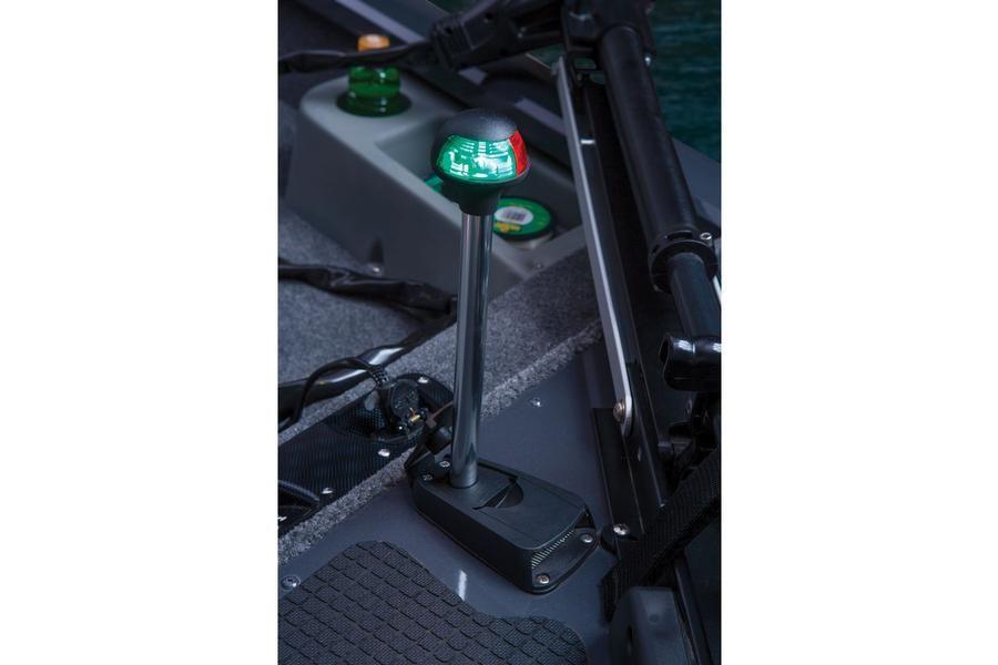 Stowable Navigation Lights Http Www Exclusiveautomarine Com Product Pro Team 175 Tf Navigation Lights Aluminum Fishing Boats Fishing Boats