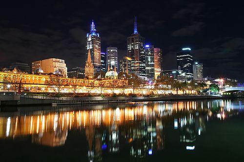 Melbourne Australia Http Funhug Com Wp Content Uploads 2012 05 Melbourne Australia 2 Jpg Melbourne Australia Visit Melbourne Romantic City