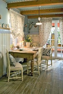 Shabby Chic Kitchen, Love The Curtains!