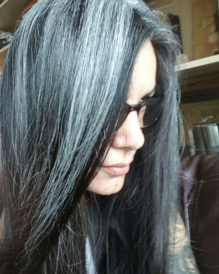 Have Been Letting The Gray Grow Out I Colored For Years And Finally Got Sick Of Doing It Love Silver Gray Silver Grey Hair Natural Gray Hair Long Gray Hair