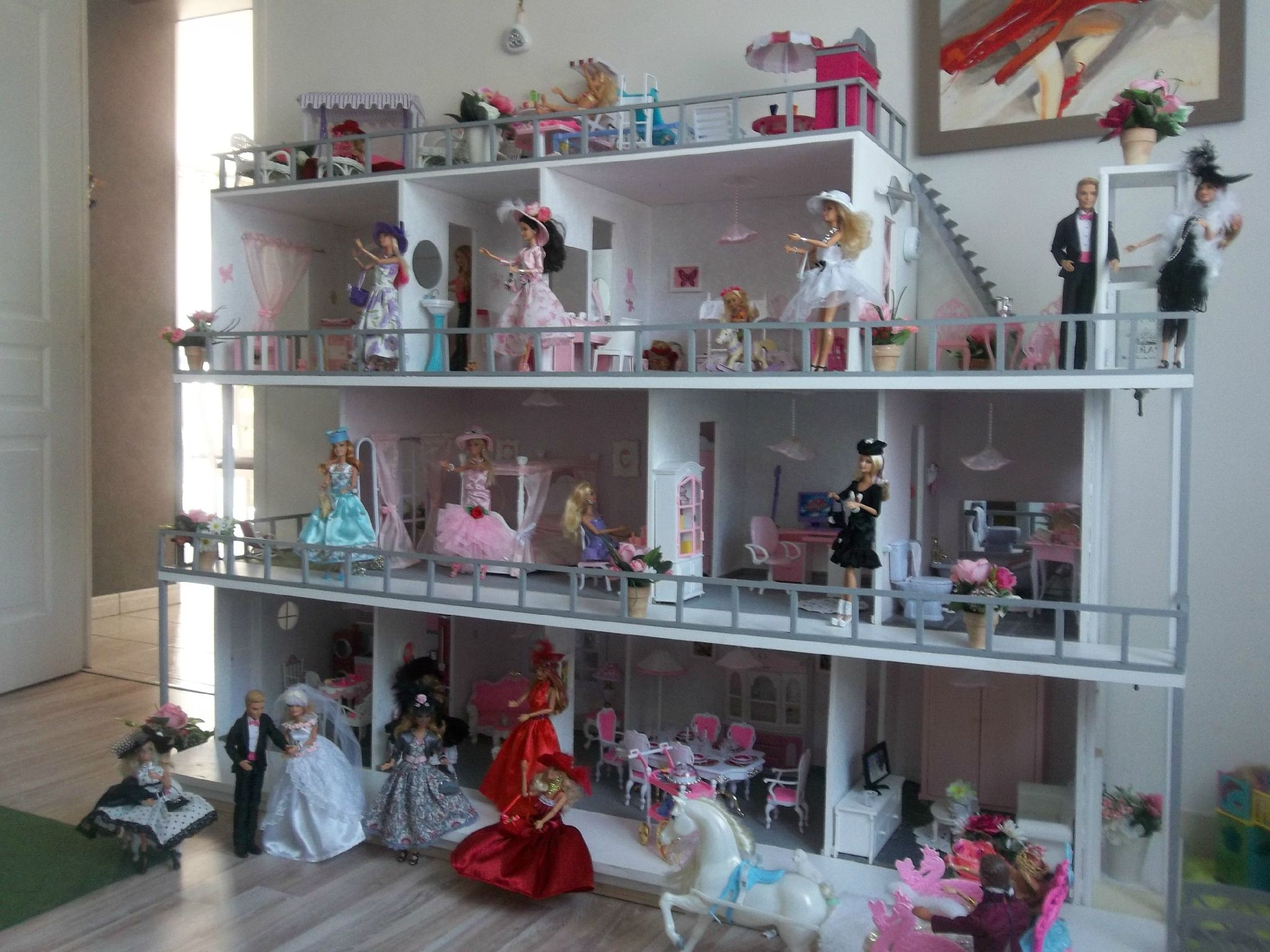 Best Dollhouse For Barbies
