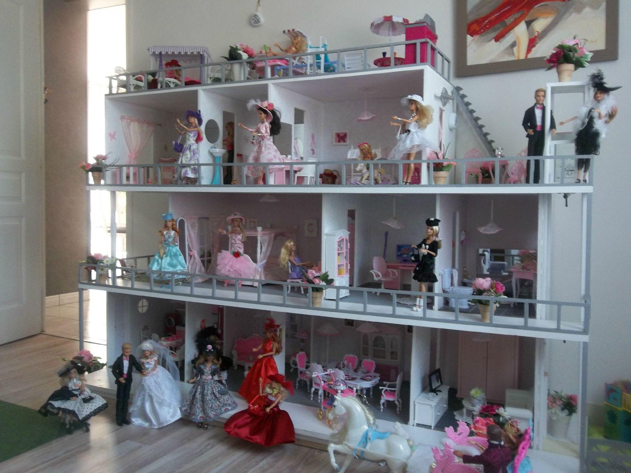 Dollhouses For Little Girls