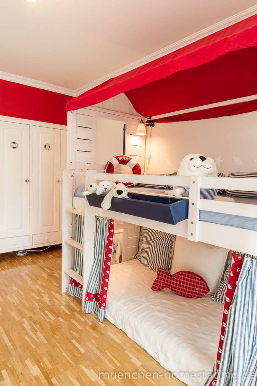 Maritimes kinderzimmer kinderzimmer von m nchner home for Skandinavische kinderzimmer
