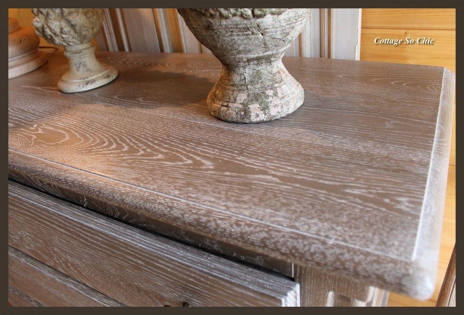 Rénovation et relooking de vieux meubles pour une déco élégante et