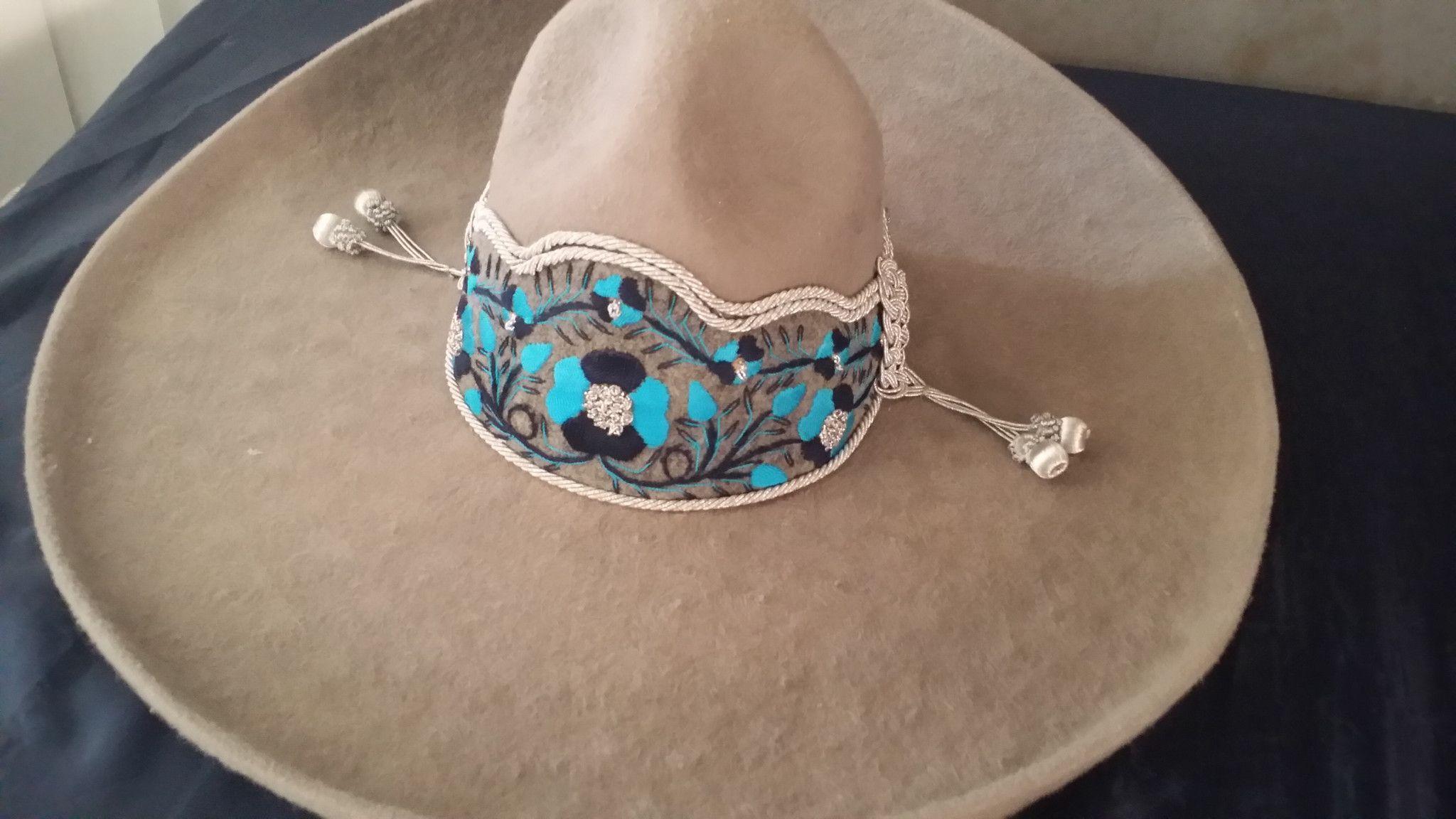 Sombrero Charro de Lana. Gris Claro. Super Toquilla en 2019  820499ebede8