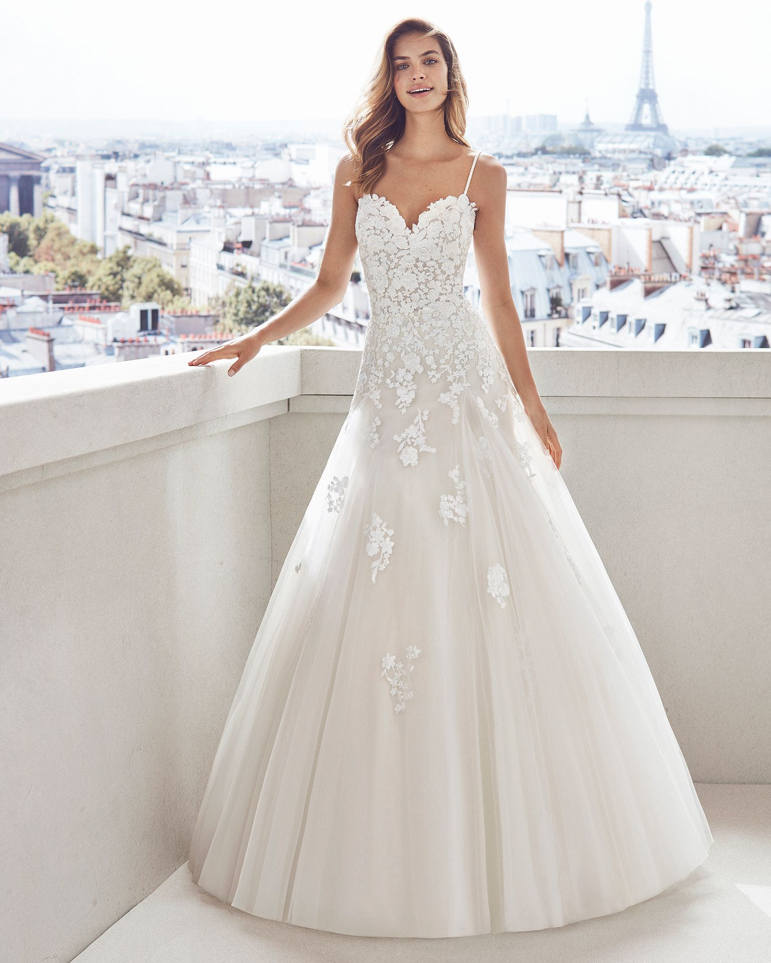 Ivory Lace Bodice Ball Gown Wedding Dress With Sheer Long: Lace And Tulle Princess-style Wedding Dress. Semi