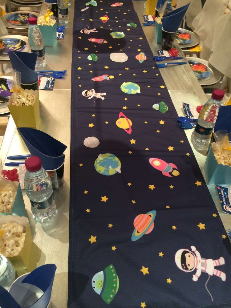 astronauts / space Birthday Party Ideas | Photo 1 of 19 | Catch My Party #mygirl