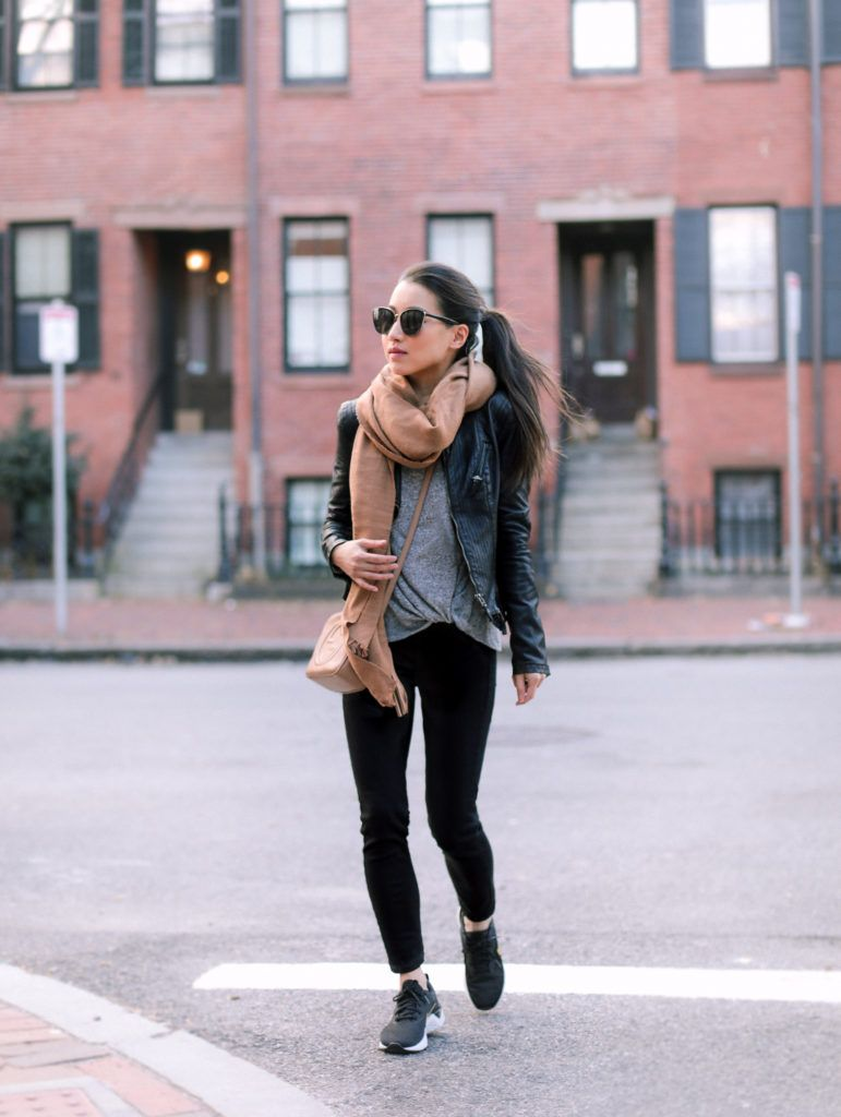 black sneakers womens outfit