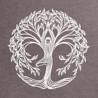 die besten 25 om tattoo design ideen auf pinterest om hinduismus und namaste symbol. Black Bedroom Furniture Sets. Home Design Ideas