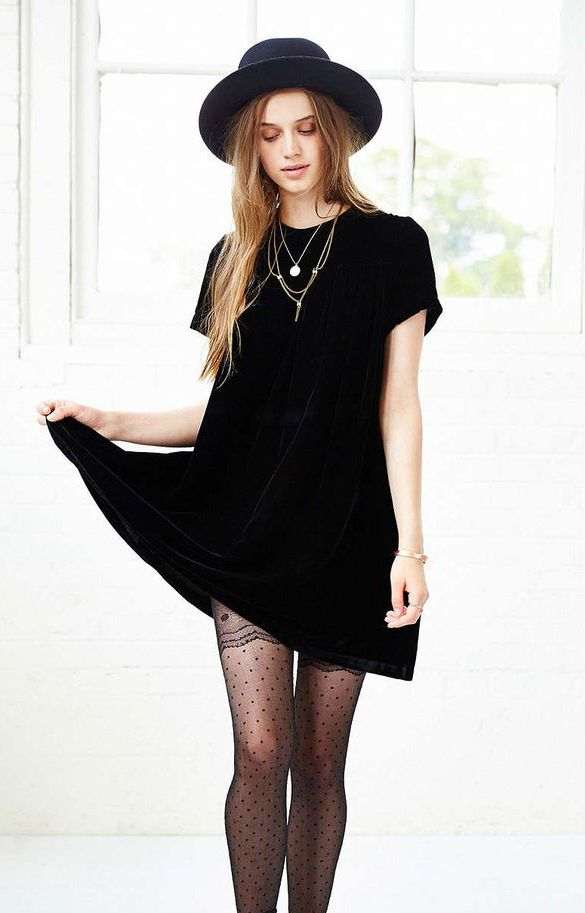 18 Must Have Grunge Accessories and Clothing  e39a75c86b4
