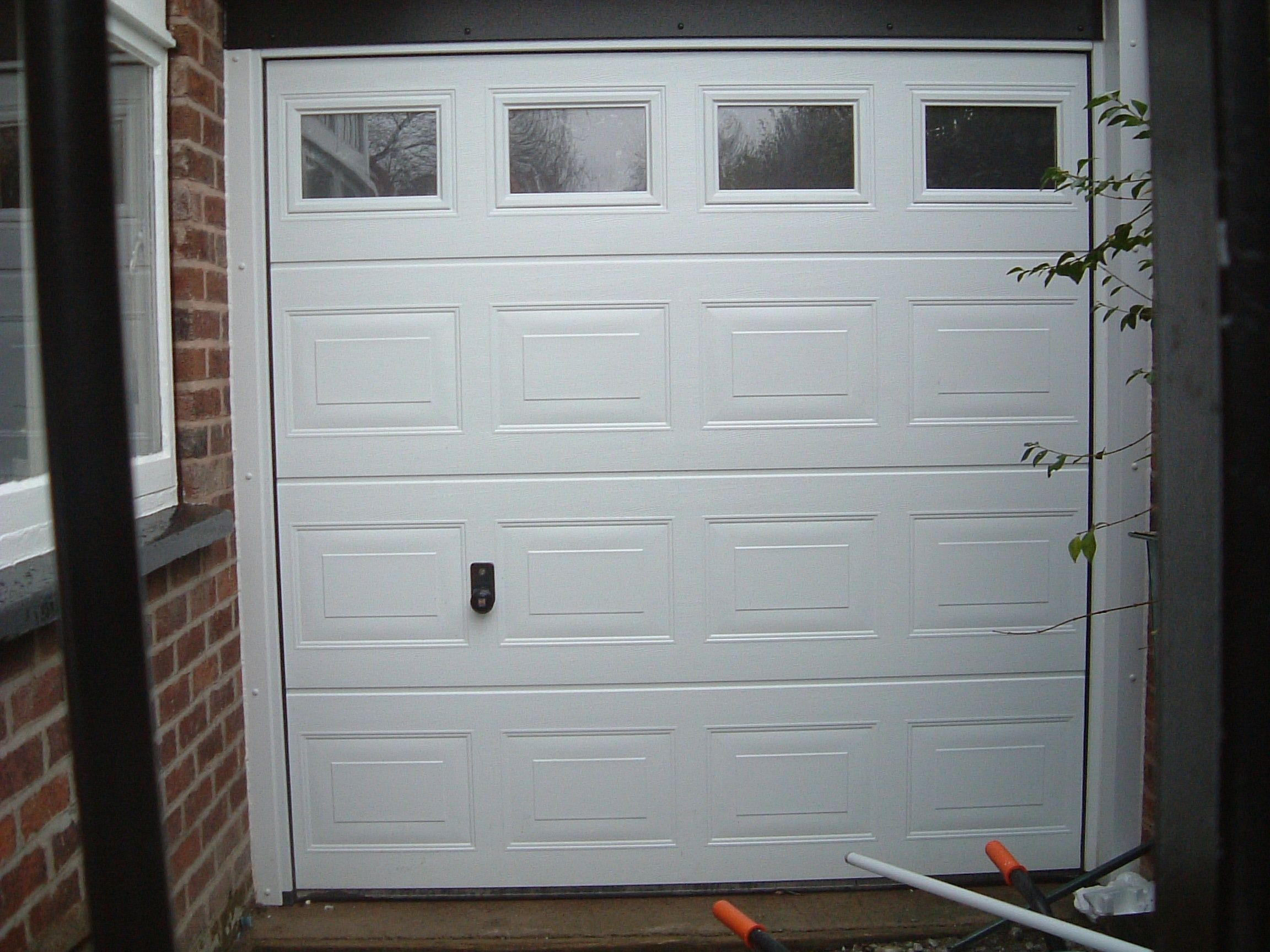 The Most Incredible along with Gorgeous Insulated Sectional Garage