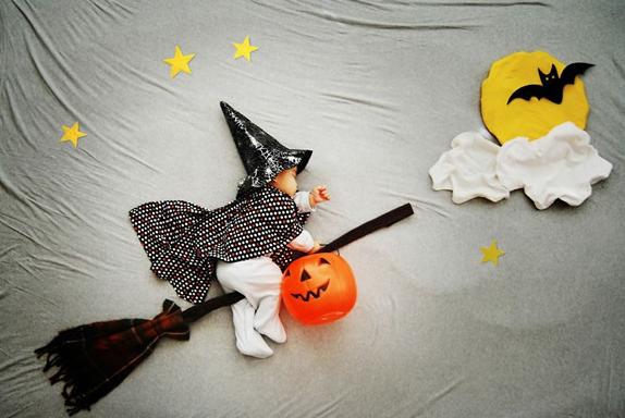 Wengenn In Wonderland By Queenie Liao Halloween Photography Baby Art Halloween Photoshoot