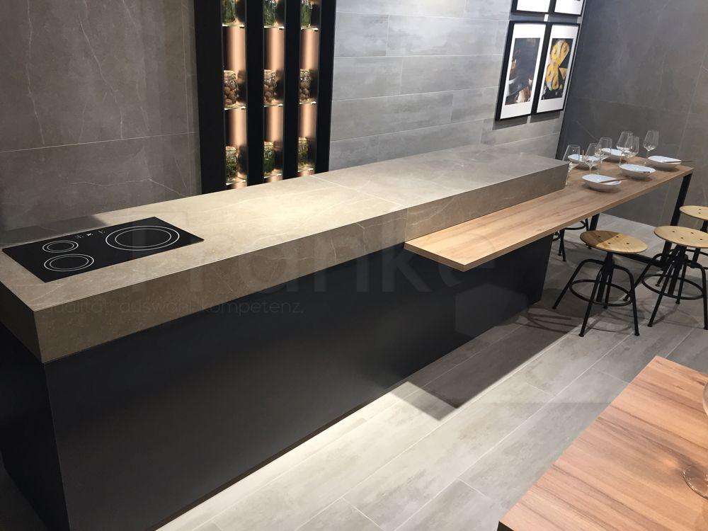 Küchentraum im tollen Design #Küche #kücheninsel #design #grau