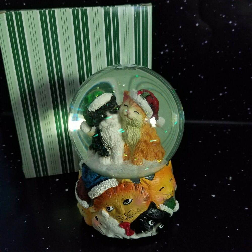 San Francisco Music Box Co Christmas Cats Musical Snow Globe We Wish You A Merry Sanfranciscomusicboxcompany Christmas Cats Cats Musical Musical Snow Globes