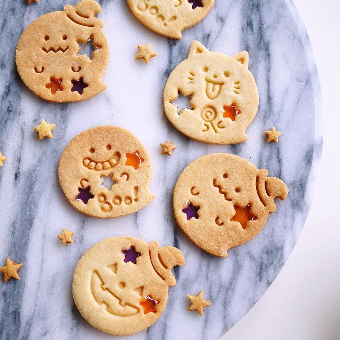 "sachi ⌬ on Instagram ""HALLOWEEN Candy Cookies"