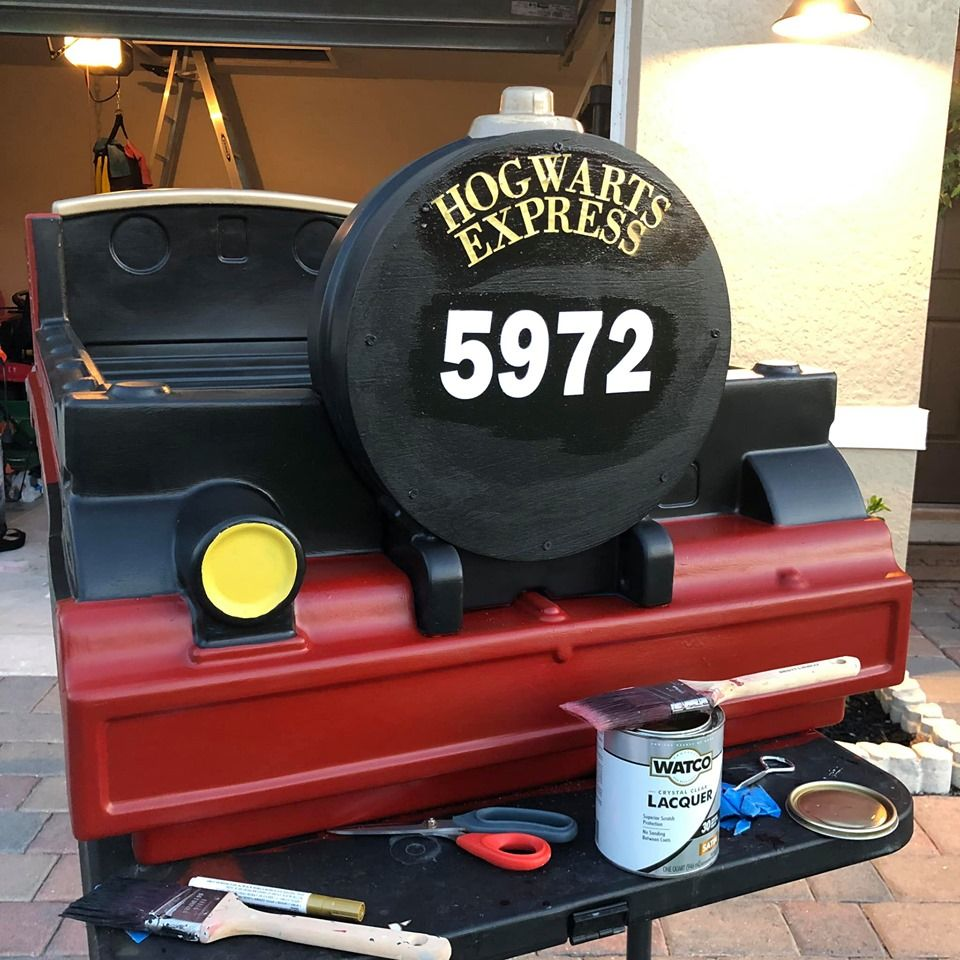 Thomas Bed Transformed Into The Hogwarts Express In 2020 Hogwarts Express Hogwarts Harry Potter Girl
