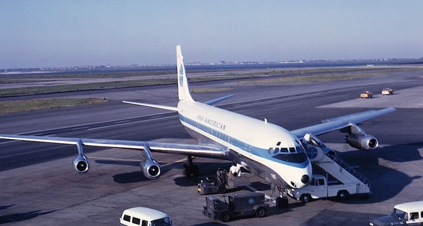 Registered N810PA, Pan Am DC833 Jet Clipper Intrepid is