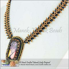 PC162188 (The Manek Lady) Tags: necklace bead peyote collar weaving cabochon dichro