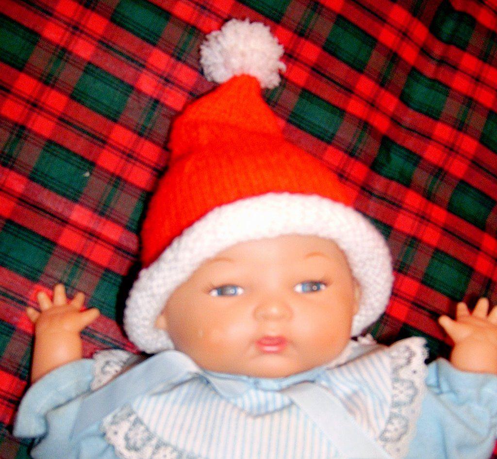 Spinning Sandy\'s Ditsy Drivel: Preemie Baby Santa Hat Knitting ...