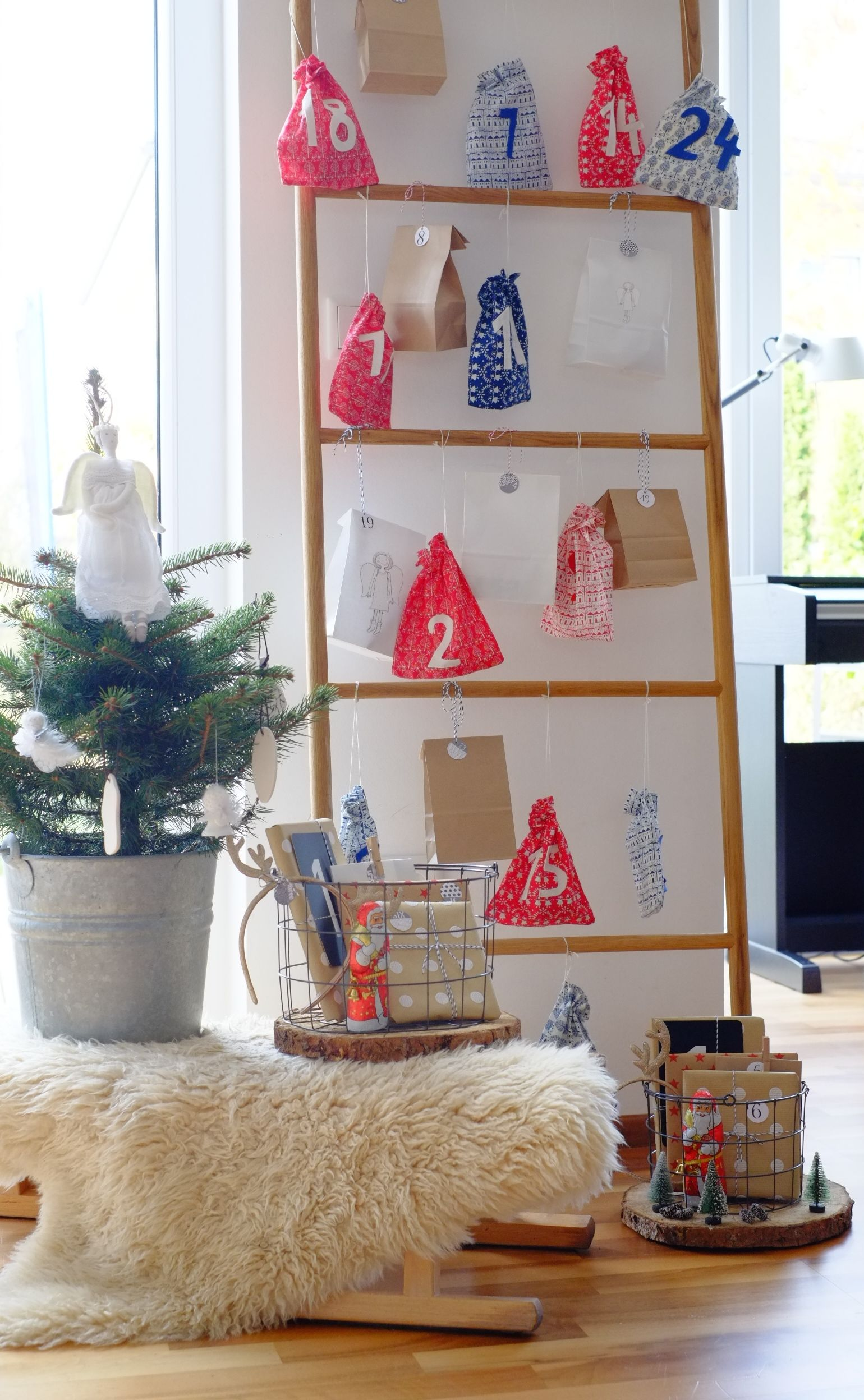 ja ist denn heut scho weihnachten adventskalender. Black Bedroom Furniture Sets. Home Design Ideas