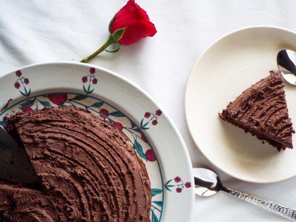 healthier eggless chocolate birthday cake