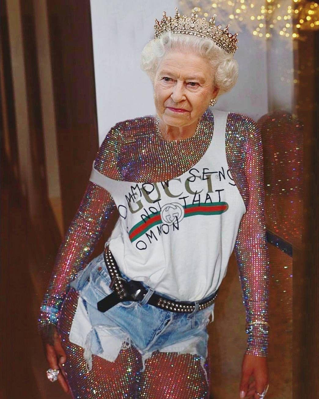 Queen Elizabeth In Gucci And Meryl Streep In Dadcore Balenciaga Twas A Great Year For Fashion Memes Fashion Collage Instagram V Instagram Fashion