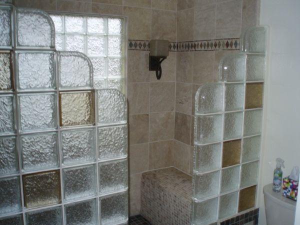 glasbausteine im badezimmer ganz sch n bad ideen. Black Bedroom Furniture Sets. Home Design Ideas