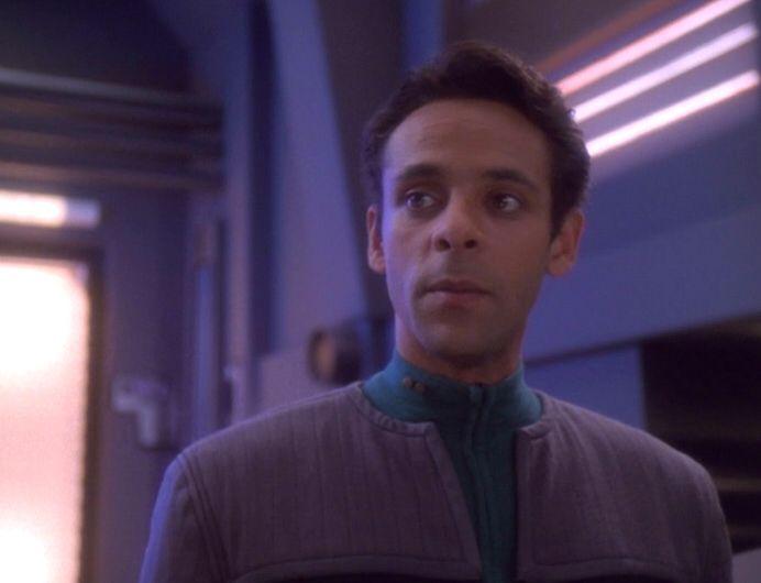 Bashir DS9 Star Trek Pinterest Star trek, Trek and Star - dr bashir i presume