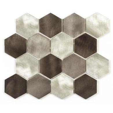 Jouez avec les formes grâce à cette mosaïque au motif hexagonal. De cette manière, vous créez une ambiance harmonieuse et tendance au sein de votre maison.
