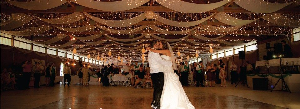 Where are you getting married? Post a picture of your venue! 25