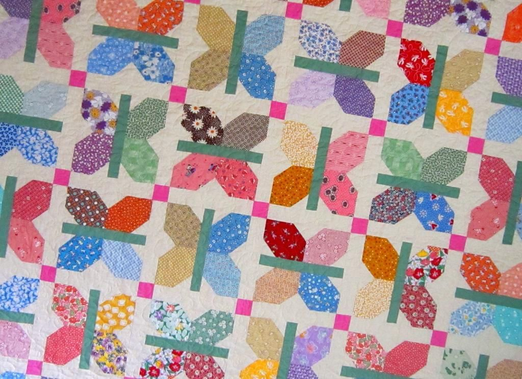 Butterfly Quilt Designs and Patterns: Baby Quilts, Mug Rugs & More ... : butterfly baby quilt pattern - Adamdwight.com