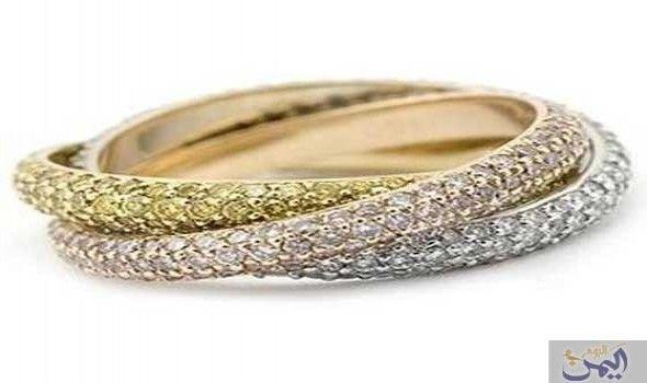 الأمراء للمجوهرات تطرح تشكيلة مميزة من الأساور الذهبية How To Wear Rings Jewelry Gold Trinity Ring