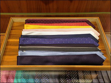Necktie Windrows in Tray Aux