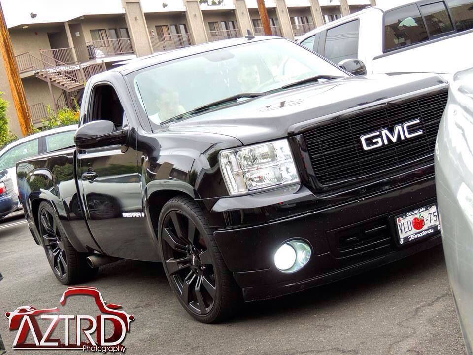 Black Dropped Pickup Custom Gmc Sierra Single Cab Trucks Dropped Trucks Gmc Trucks Sierra