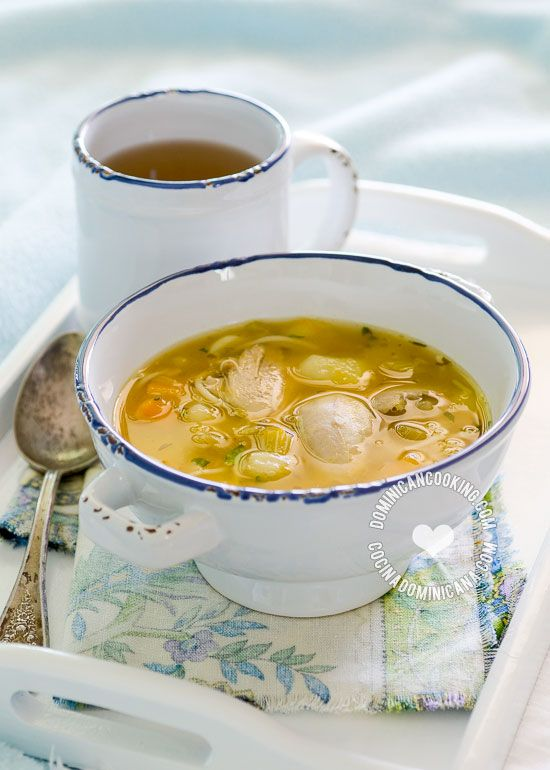 Caldo De Gallina Vieja O Pollo Recipe Delicious Soup Soup Chicken Soup
