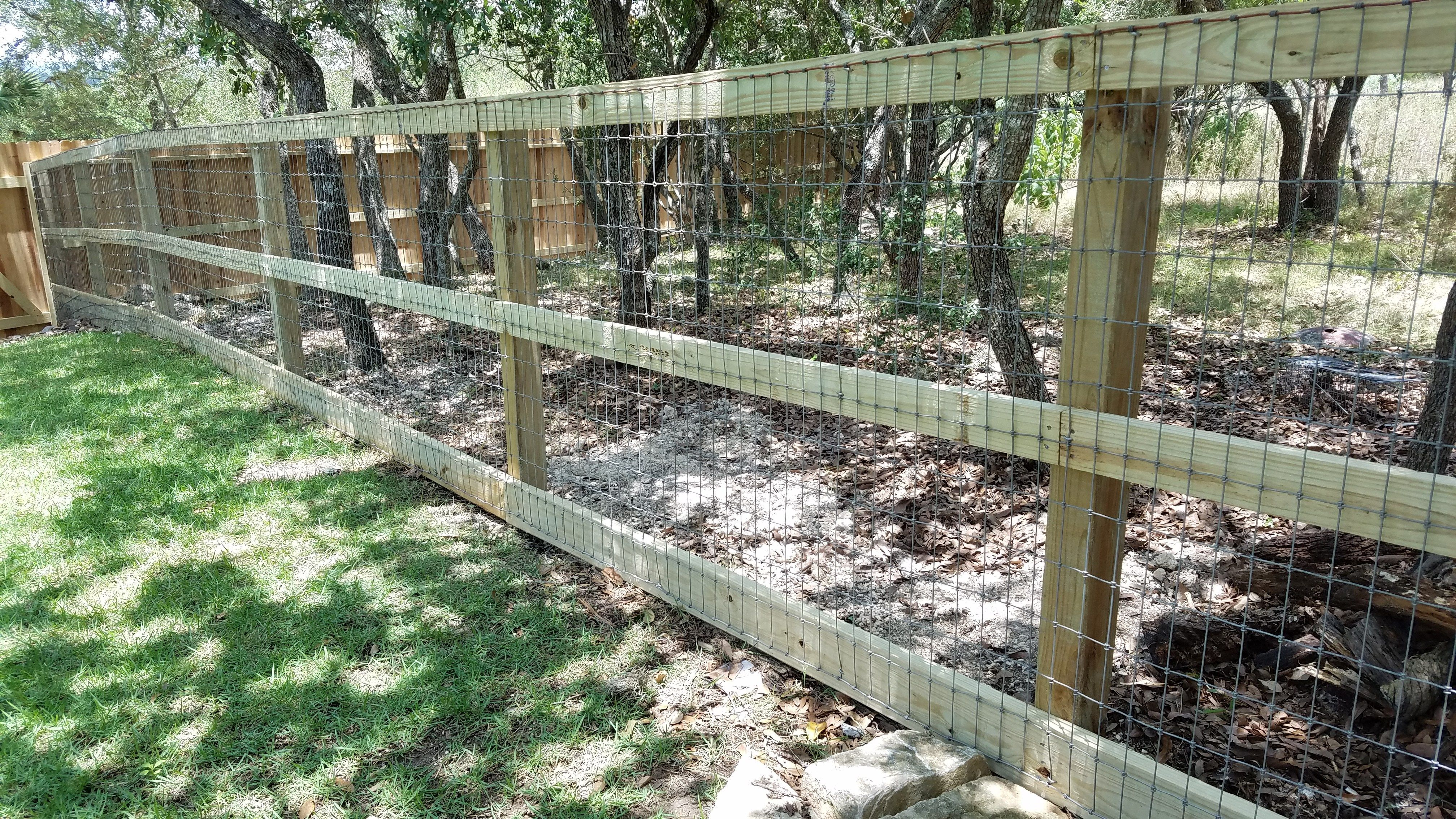 4 Tall Non Climb Wire Fence 3 Rail Treated Pine Frame Bottom Board 2 X6 Fair Oaks Ranch Tx R Ranch Fencing Fence Wire Fence